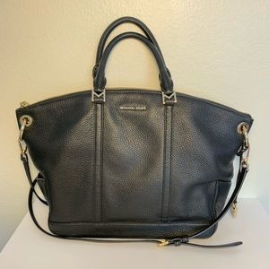 "LIKE NEW Michael Kors ""Bedford"" Handbag"